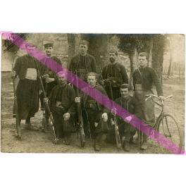 PHOTO d 'un GROUPE de ZOUAVES , MILLY la FORET 1917